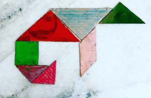 Chameleon Tangram activities for kids by Sara Bookosmia