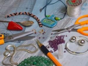 DIY rakhi - The handmade Raksha Bandhan gift