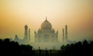 Taj Mahal - Why it is the best tourist spot